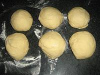 Crescent Rolls with Jam - Video Recipe - Step 9