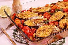 Baked fish with vegetables - Video Recipe