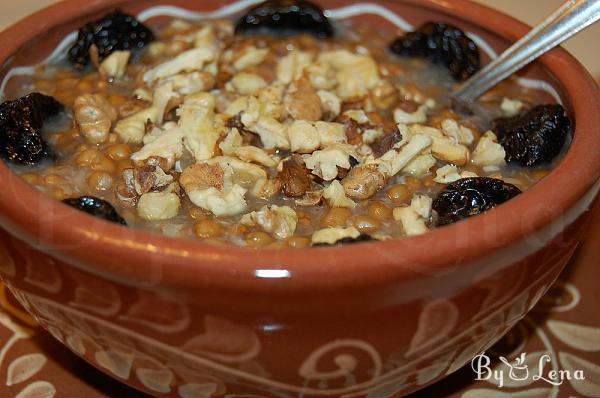 Sweet Wheat Berry Pudding - Kutia