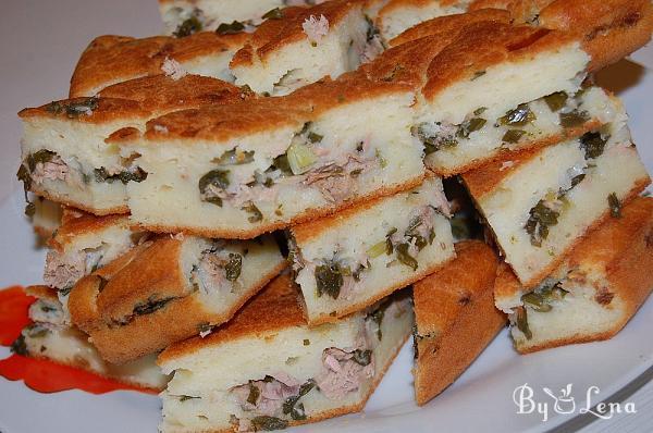 Easy Tuna and Green Onion Pie