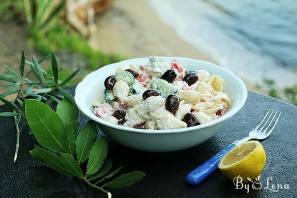 Greek Pasta Salad with Yogurt