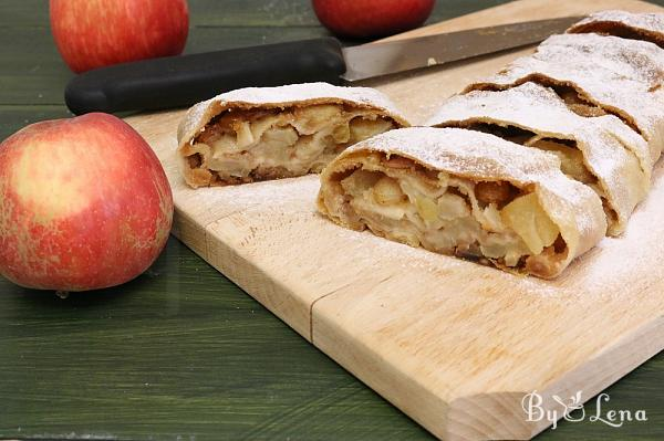 Viennese Apple Strudel