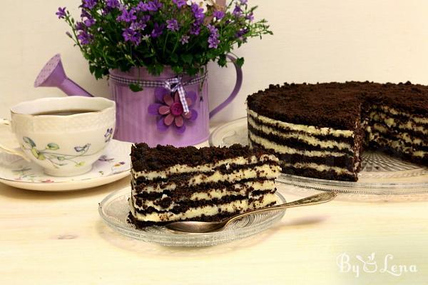 No-Bake Oreo Cake