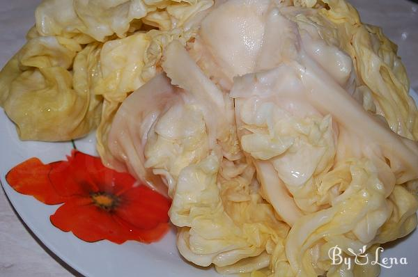Fermented Whole Cabbage Heads