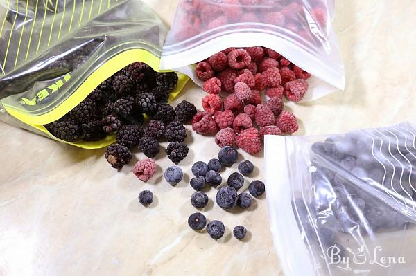 How to Freeze Berries