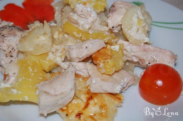 Baked Potatoes with Meat and Cheese