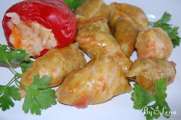 Mom's Cabbage Rolls - Moldavian Recipe